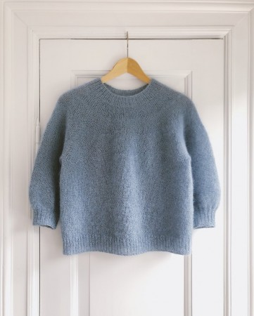 Novice Sweater Mohair Edition | Oppskrift | PetiteKnit