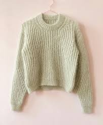 September Sweater Modifisert | Oppskrift Petite Knit